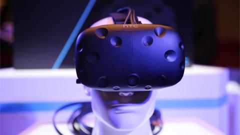 VR虚拟现实火爆后的冷静:HTC和华为开抢生态话语权